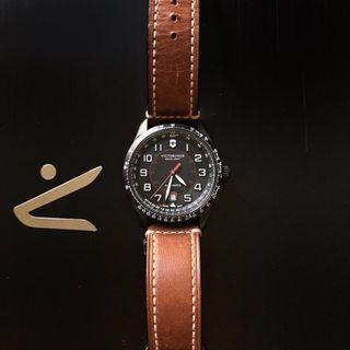🚚 Victorinox Airboss Swiss Made Automatic Watch
