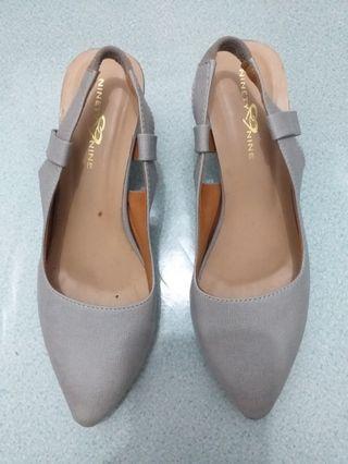 #mauvivo Heels Hak Tahu / Pump Heels