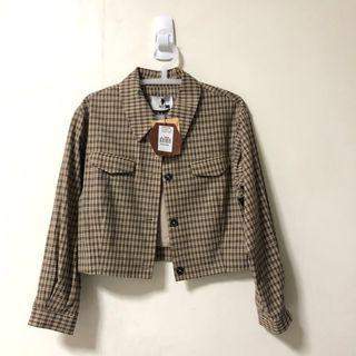🚚 Dresseum 從前從前 茂木太太 六角形餅乾短版格紋外套s