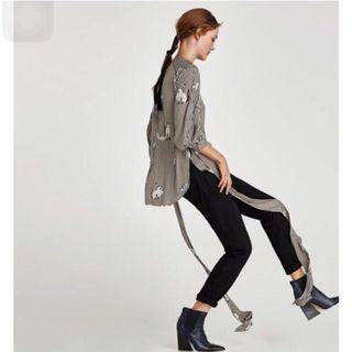 Zara 綁帶設計造型上衣  綁帶罩衫(S)~原價1290元 秋裝 浪漫有型