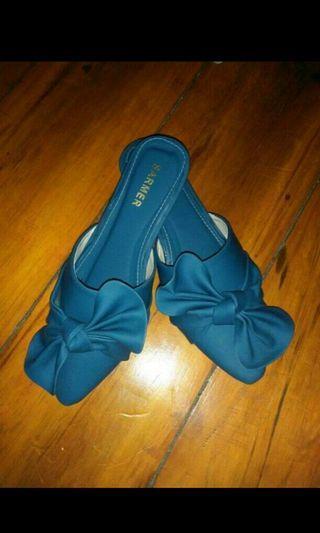 #BAPAU sepatu cewek biru