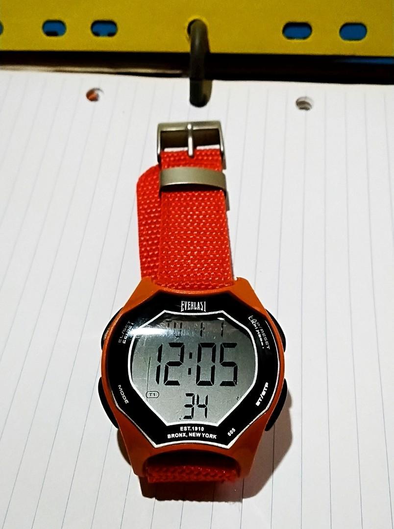 """80年代中期EVERLAST品牌電子手錶"""" 未計錶霸直徑45mm個人收藏 90%全新,保存至今""""運作正常."""