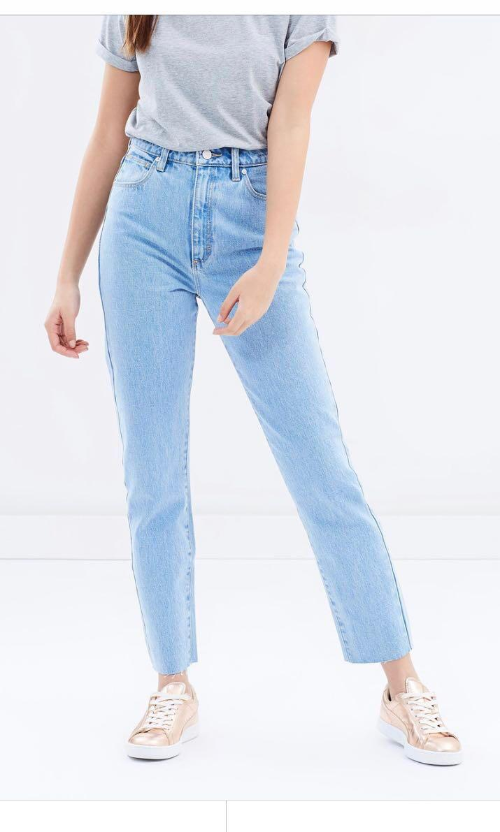 Abrand Jeans High Slim '94 in Walking Away - Size 7