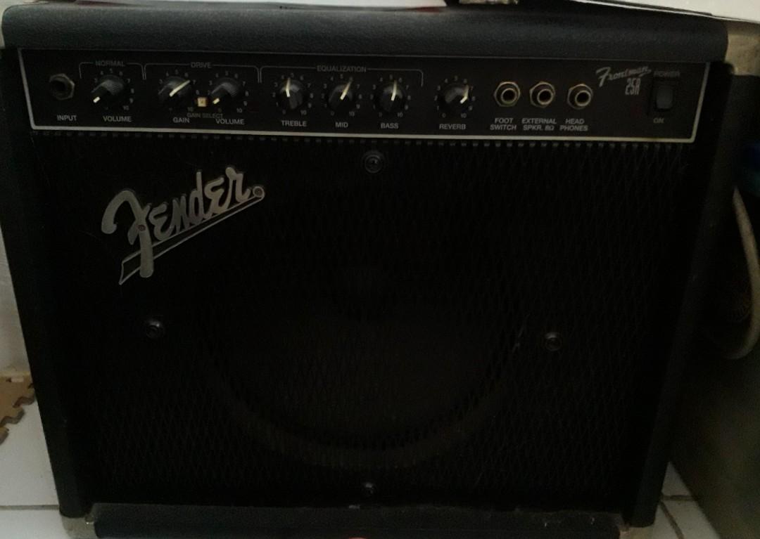Amplifier Gitar merk Fender model frontman 25AR Type PR 225