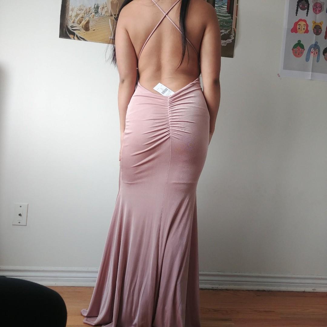 beautiful muted pink mermaid/ bodycon dress from fashion nova