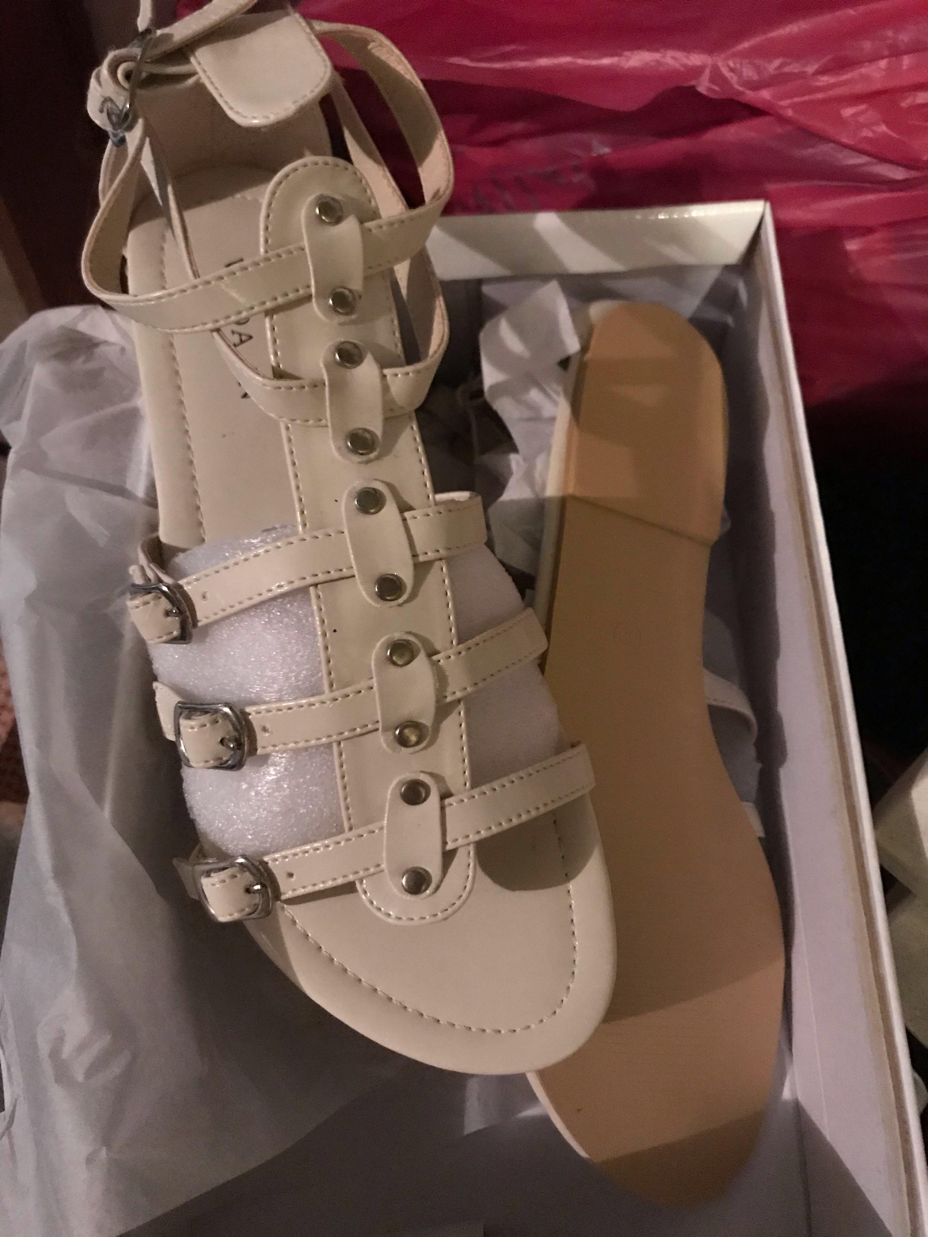 Beige/ Black/ pink strap sandals