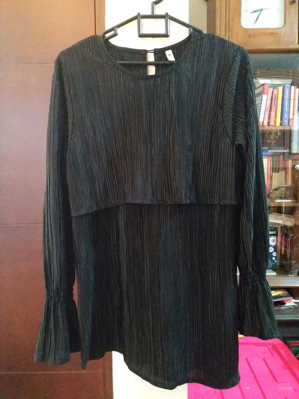 Black pleats party blouse