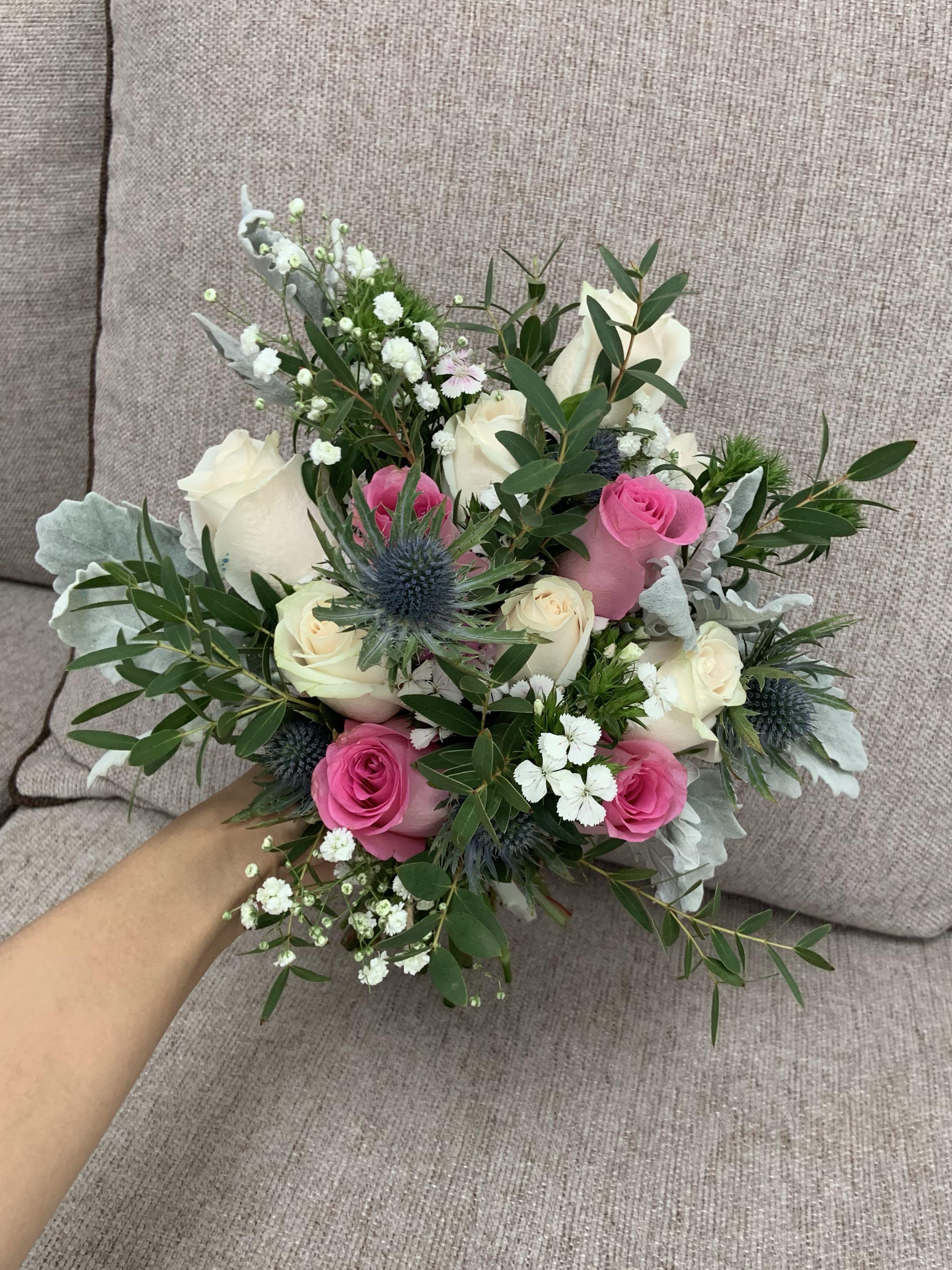 Bridal bouquet(11 roses)