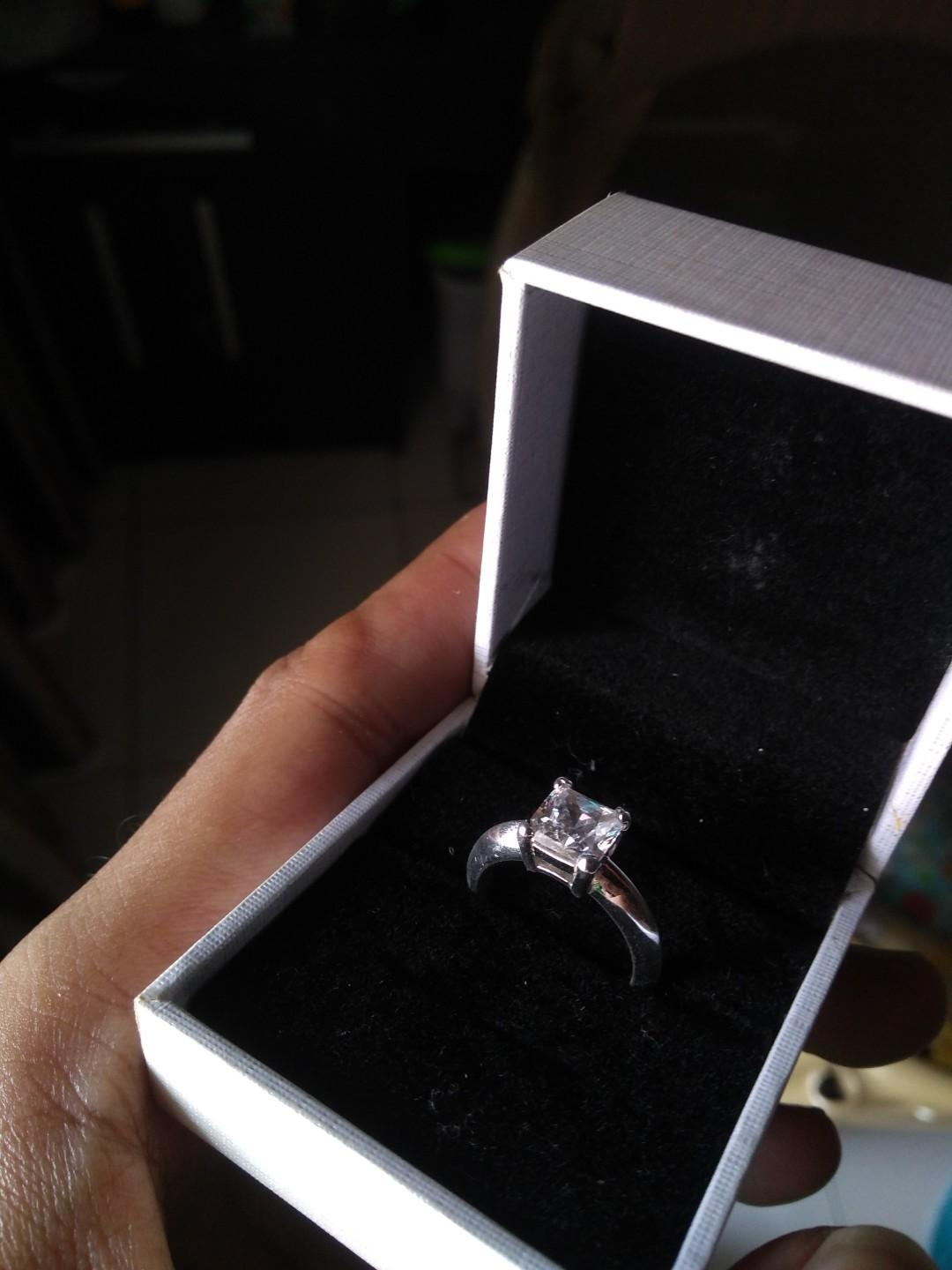 cincin Lab Grown Diamond (3 karat)