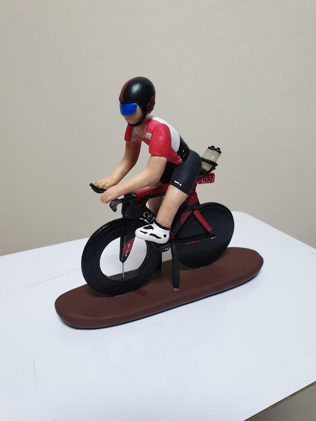 Customise cyclist made of polymer clay