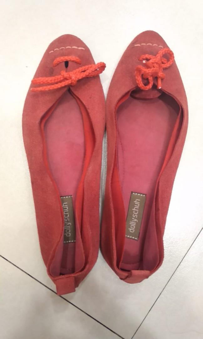 Flatshoes kulit sued