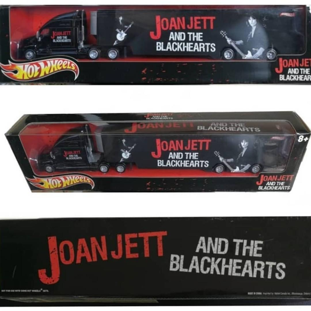 Hot Wheels Tour Haulers: Joan Jett and The Blackhearts Truck & Trailer