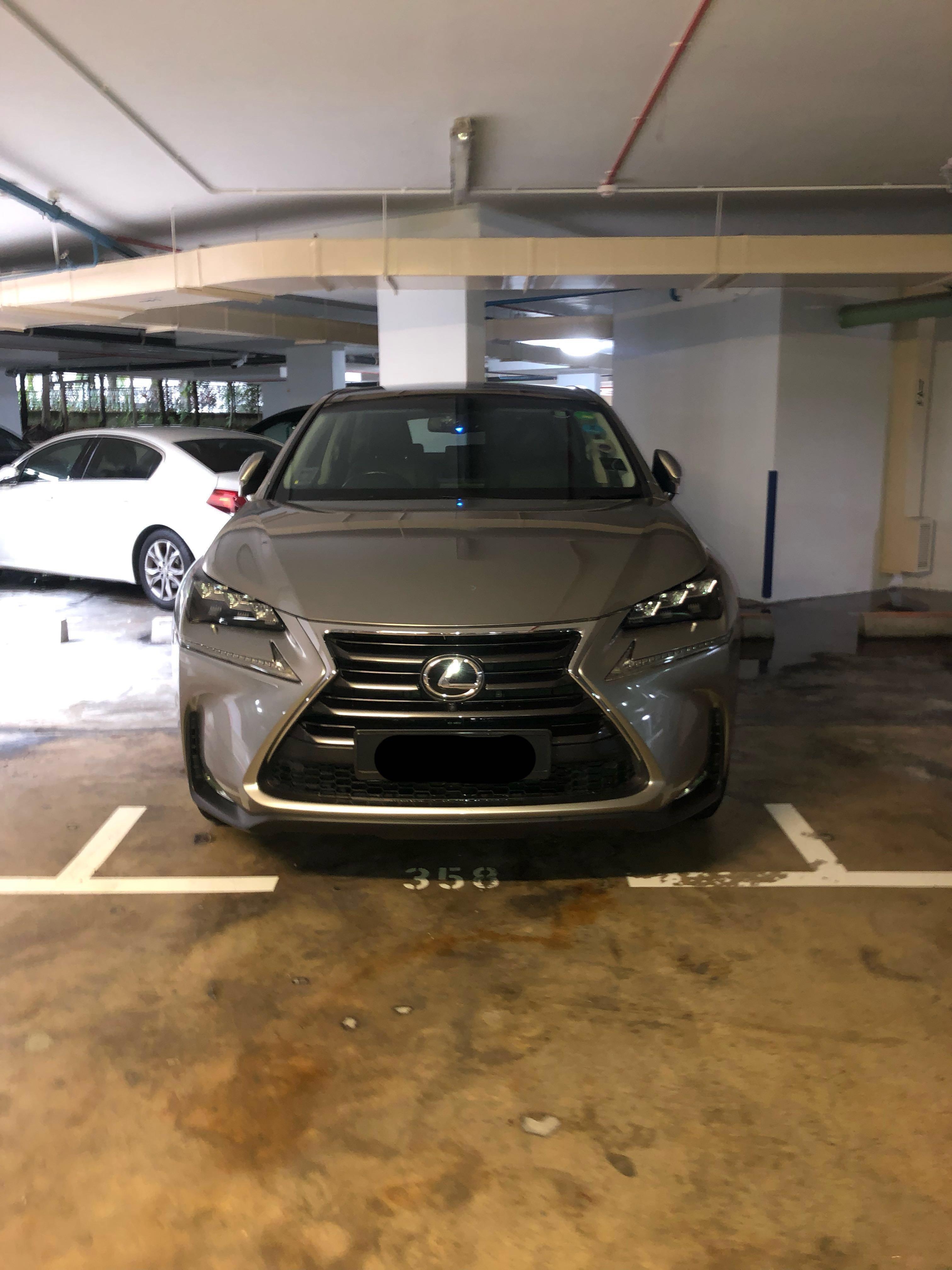 Lexus 300 Luxury Auto