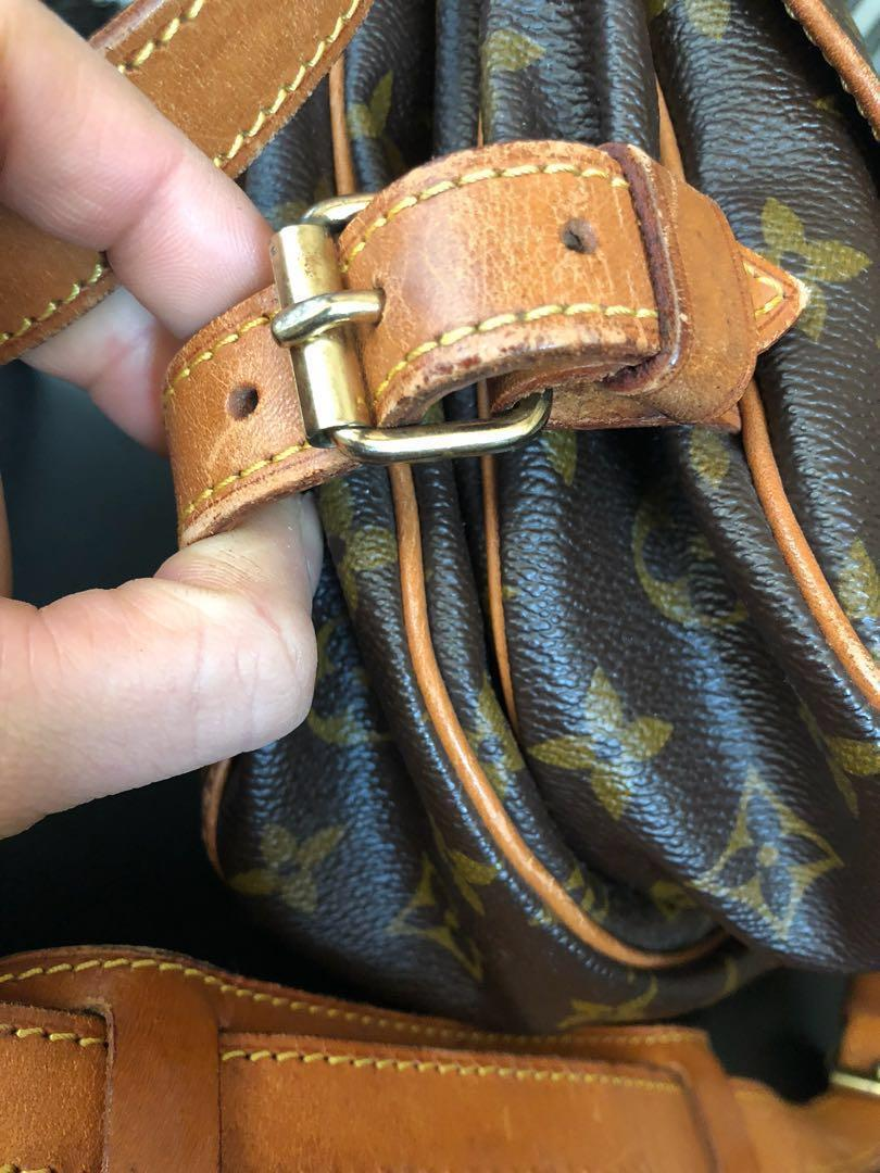 LV Saumur 30 Meesenger Bag