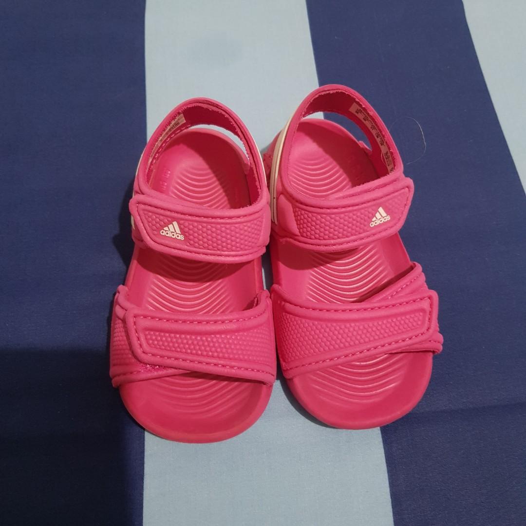 Sandal Adidas original size 21 insol 12,7cm