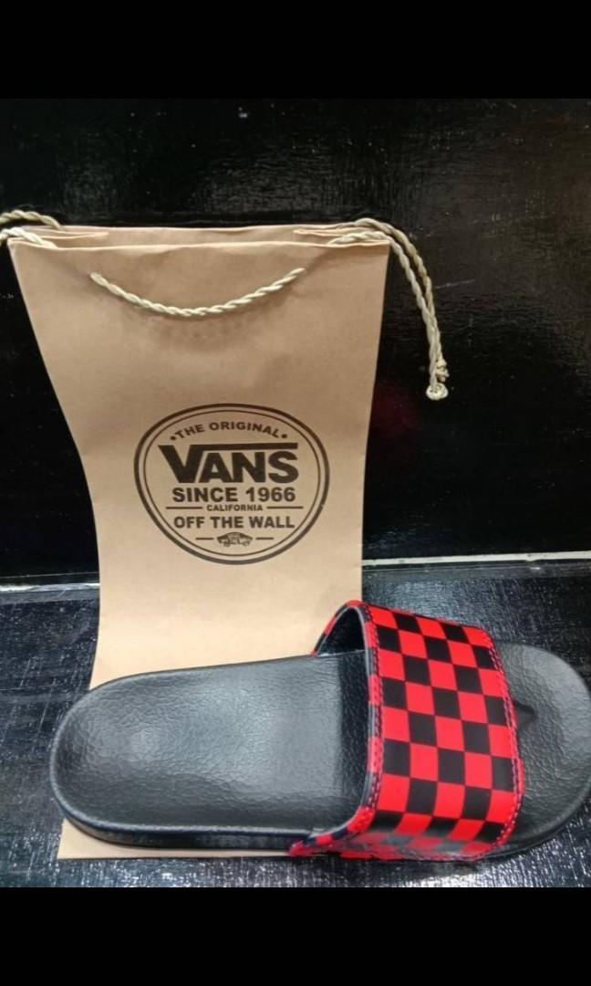 Sandal/Slippera Vans promo