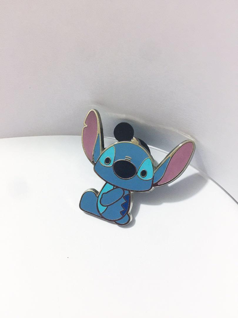Stitch sits pin