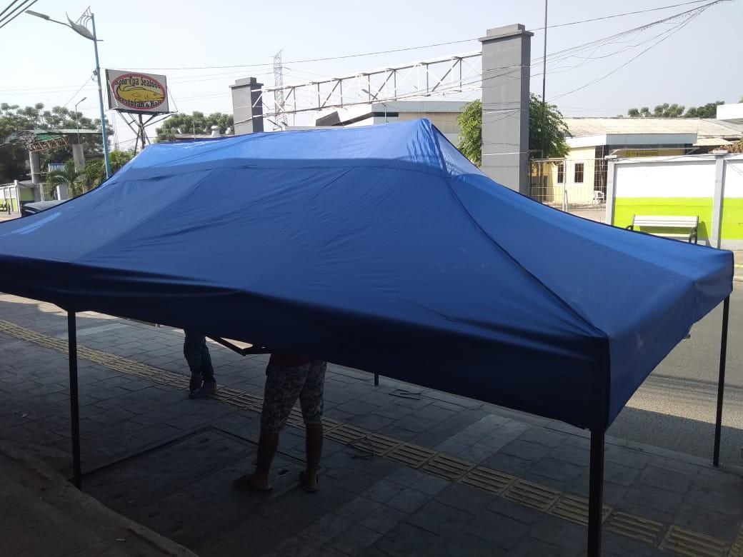 Tenda lipat ukuran 3x3