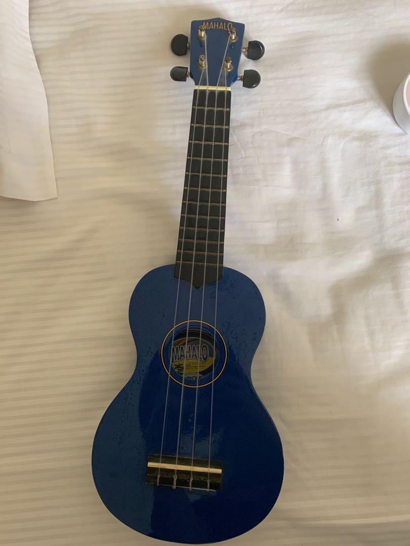 ukulele mahalo biru tua