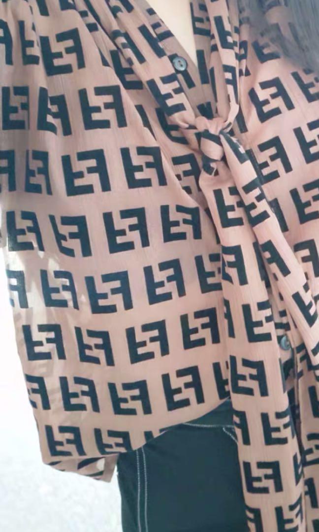 Vintage Fendi Signature Loose Logo brand shirt ribbon bow tie