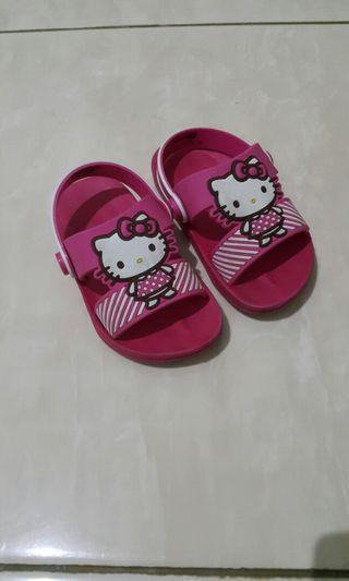 Sandal Hello Kitty Size 22