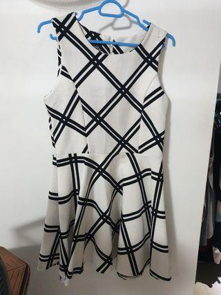 Geometric white Dress