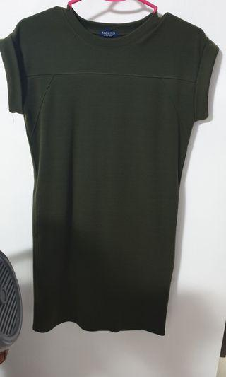 Yatch 21 olive dress