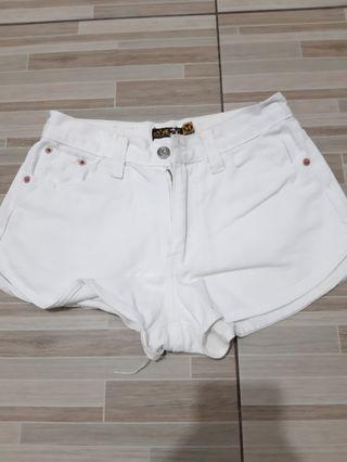 Hot pants white