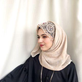 New💯 Bell Pearl Colourful Lace Shawl in Khaki Colour
