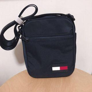 BNWT Authentic Tommy Hilfiger Bag