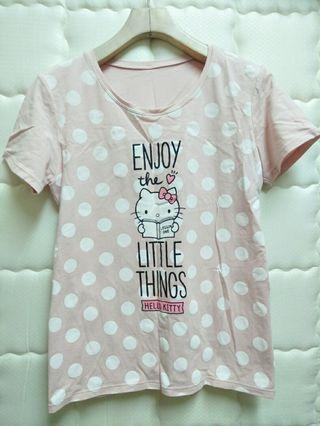 Lativ & Hello Kitty 凱蒂貓粉紅色粉色馬卡龍色圓點水玉點點圓領短袖可愛上衣T-shirt