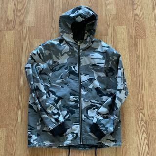 Forever 21 Camo Jacket Size L