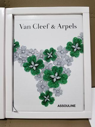 Van Cleef & Arpels VIP Catalogue