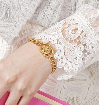 chanel vintage gold bracelet 香奈兒復古經典釦金色手鏈