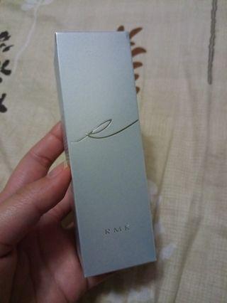 🚚 RMK 水凝柔光粉霜 102🆕