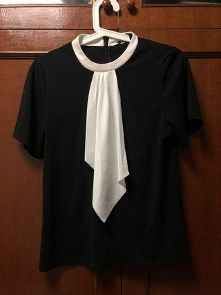 G2000 frilled black and white office top