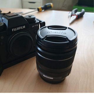 FUJIFILM XF 18-55mm f/2.8-4 R LM OIS Lens + (Free Gift)