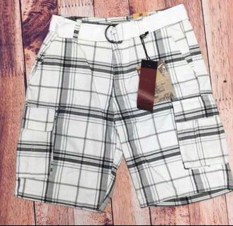 NWT Men's Plaid Cargo Shorts. Size 31