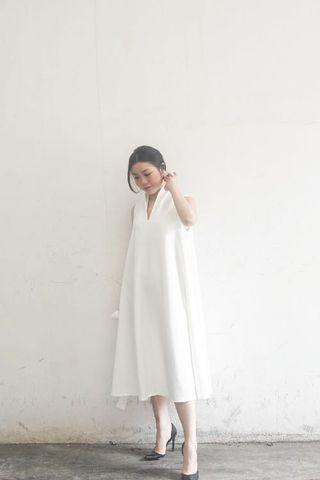 BRAND NEW WHITE ZANA DRESS