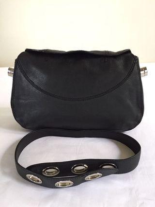 AUTHENTIC TODS ACCESSORY POUCH SHOULDER BAG