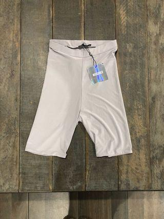 MISSGUIDED CYCLING SHORTS | size 6