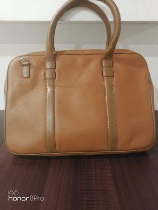 🚚 LAPTOP BAG/ EXECUTIVE BAG