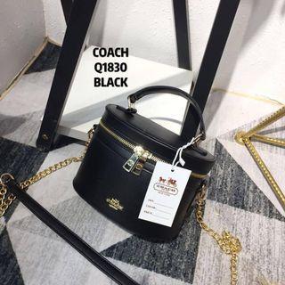 📣📣Raya Sale!!!! Coach Box Bag (blackred)