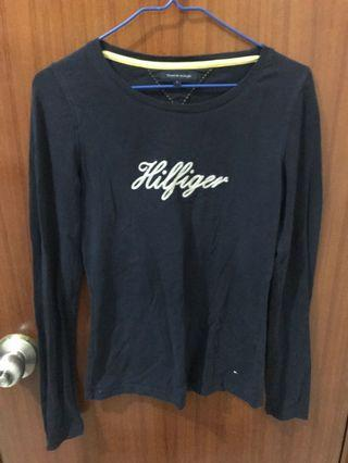 Extremely New TOMMY HILFIGER Navy Blue Top in Size S [極新TOMMY HILFIGER細碼深藍色上衣]