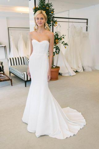 2020 Mermaid white gown