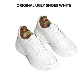 (Po) Korea Original UGLY white Shoe NWT
