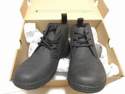 Dr Martens shoes size UK8