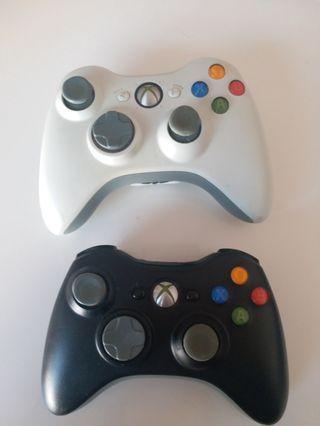 Xbox 360 Controller x 2