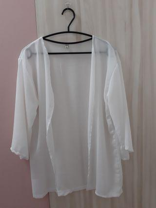 白色透膚罩衫 (有實穿照)
