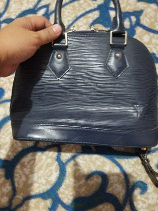 LV small bag